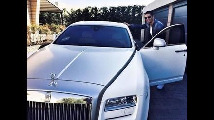 Cristiano Ronaldo lució su nuevo auto antes de entrenar