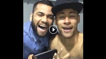 Neymar y Dani Alves cantan 'El Perdón' a lo Nicky Jam