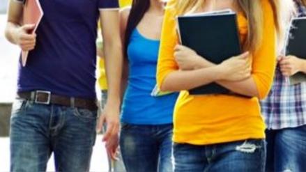 Grabaron a dos estudiantes teniendo relaciones dentro de un campus universitario