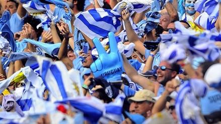 El emotivo aliento de los uruguayos para el Perú vs. Nueva Zelanda en Lima