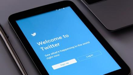 Twitter recomienda a sus millones de usuarios cambiar de contraseña