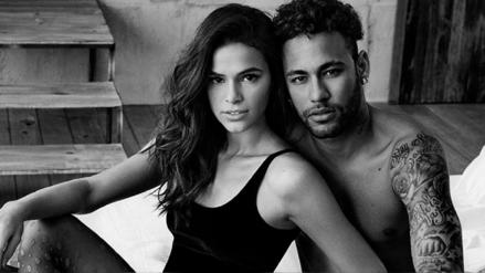 Neymar y su novia protagonizan un sensual video que circula en las redes