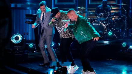 J Balvin y Nicky Jam hicieron bailar reggaetón a Jimmy Fallon