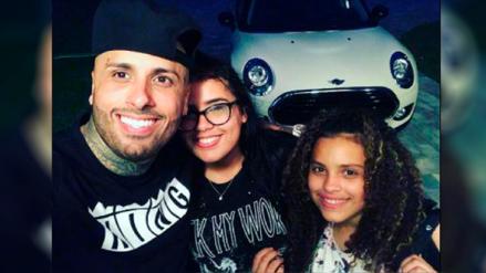 Nicky Jam y sus hijas ya esperan la Navidad