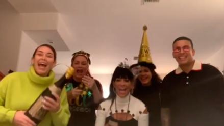 Daddy Yankee recibió el 2019 con un tierno beso a su esposa