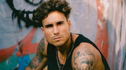 Gino Assereto publica cambio de look y sus fans atacan a Jazmín Pinedo [FOTOS]