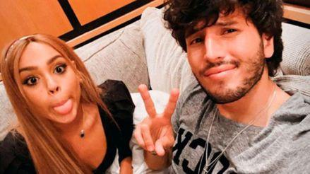 Sebastián Yatra confesó que iría a una playa nudista con Danna Paola