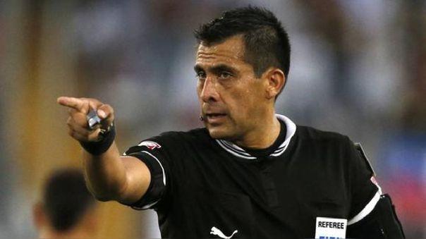 Perú vs. Brasil: Reúnen firmas en la página 'Change.org' para quitarle la licencia al árbitro Julio Bascuñán