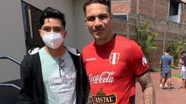 Paolo Guerrero y Santiago Cárdenas.