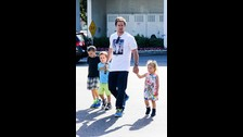 Mark Whalberg. El musculoso actor de Pain and Gain la pasa en grande con sus hijos Ella, Michael, Brendan y Grace.