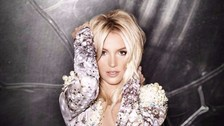 La hermana de la Britney confesó que ella y su hermana habían sido abusadas sexualmente en su infancia por alguien de su familia, que las había violado en varias oportunidades. Reveló también que fue necesario mucho apoyo psicológico para superarlo.