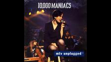 5. 10,000 MANIACS  En 1993, la banda estadounidense fue parte de este formato. Interpretaron su mayor hit: