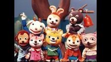 NIÑOS EN CRECIMIENTO. Es un programa clásico en el Japón, pues se estrenó en 1959. Los protagonistas son marionetas.