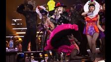 MADONNA. En enero Madonna decidió pasar por Latinoamérica, pero eligió unicamente México para presentarse. Allí dio un concierto histórico donde expresó su admiración por Frida Kahlo y hasta se le quebró la voz.