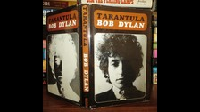 Además de escribir canciones, Dylan también escribe libros. En