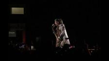 Steven Tyler interpreta uno de los primeros temas del setlist.