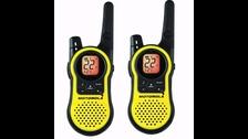 WALKIE TALKIE  Estos dispositivos de comunicación, al igual que otros sistemas de radio, se han visto desplazados por la mayor conectividad virtual.