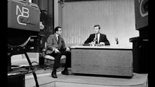 2) HA PASADO MEDIO SIGLO DE LOS 60s. La televisión convirtió a artistas en iconos culturales de relevancia en los años sesenta. Eso fue hace ya cinco décadas.