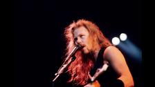 JAMES HETFIELD. En 1992, durante un show en Montreal, James sufrió quemaduras durante la presentación de Metallica. Tuvieron que detener el show. Guns N' Roses, liderados por Axl, en lugar de dar soporte, alegaron problemas técnicos y tambien se retiraron, provocando la ira de los fans que acabó en desmanes. Tanto James como Axl se acusaron de muchas cosas desde entonces.