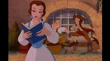 Compara las escenas del clásico animado y la nueva película