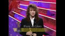 BON JOVI  - En 1991 la canción 'Blaze Of Glory' fue nominada a Mejor Canción Original. Fue escrita por el propio cantante inspirado en la película.