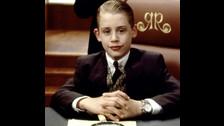 Todos sabemos que él es Macaulay Culkin y que era el personaje principal.