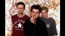 2. Pero nadie puede negar que Green Day es una banda con historia. A los éxitos nuevos se suman los grandes clásicos de la banda. No faltarán