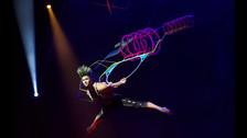 El espectáculo muestra todo el talento del elenco del Cirque Du Soleil.