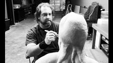 Wayne Toth será el escultor a cargo de la estatua.