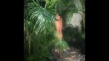Este es el desnudo de Stamos por su cumpleaños.