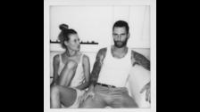 La modelo tiene 28 años y Adam Levine 38.