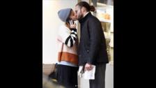 Emma Watson besando a un chico y no es Tom Felton