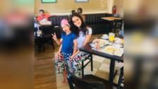 Maricielo Effio y su gran parecido físico con su pequeña hija.