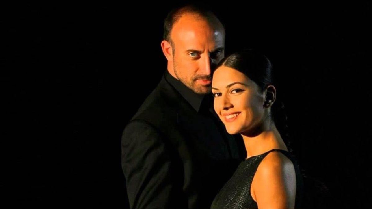 """Halit y Berguzar,  protagonizas de """"Las mil y una noches"""", esperan a su tercer hijo"""